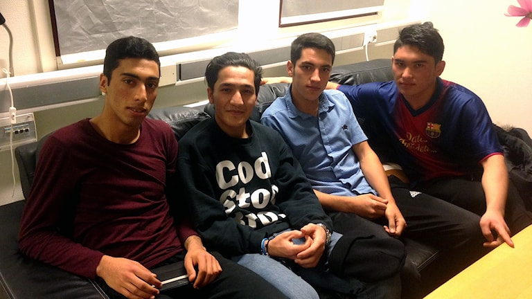 Ensamkommande ungdomar i Arkelstorp om nya reglerna för ensamkommande.