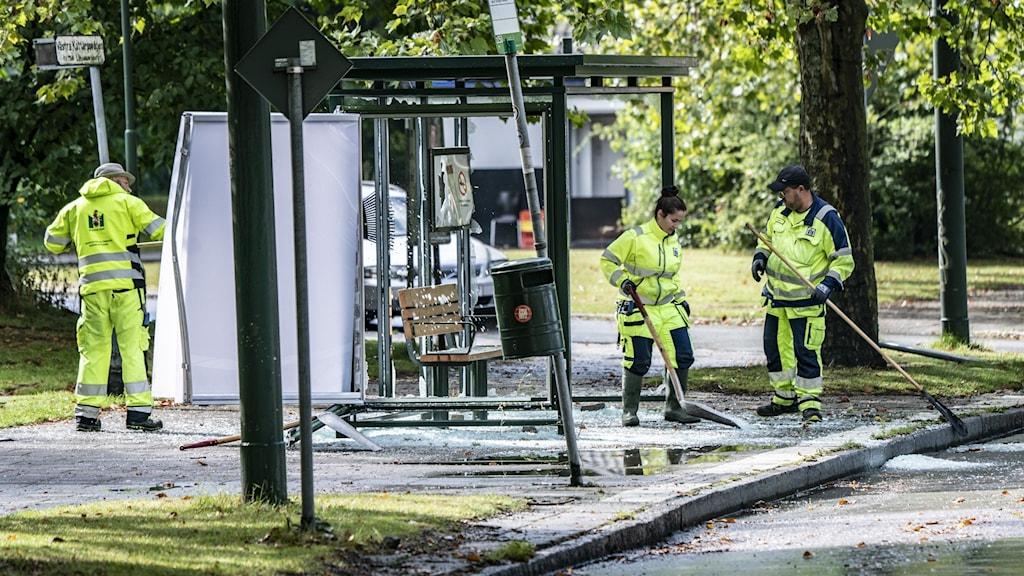 Uppröjning efter upplopp Rosengård