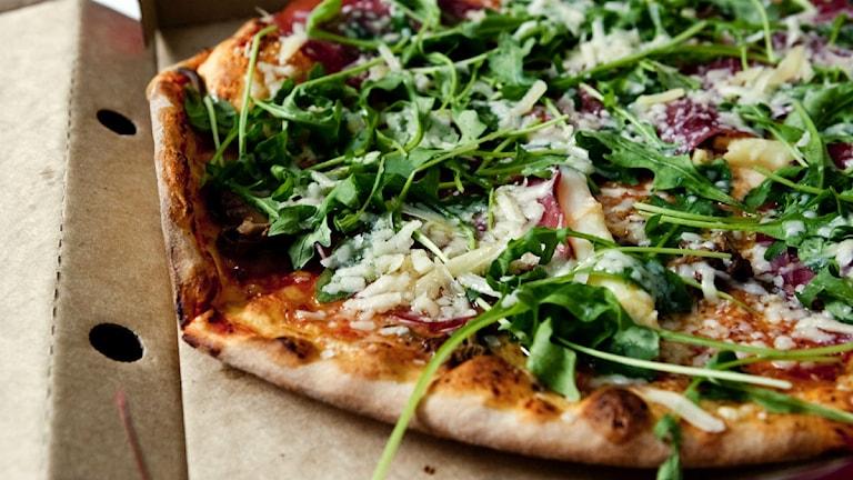 Lisa Nordén klämde en pizza med ruccola på och blev dålig i kistan
