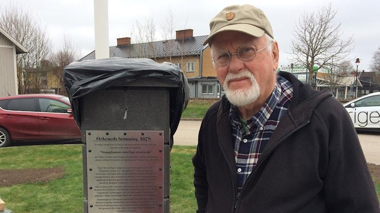Sixten Svensson är en av de aktiva i Lönsboda samhällsförening som tagit fram minnemärket.