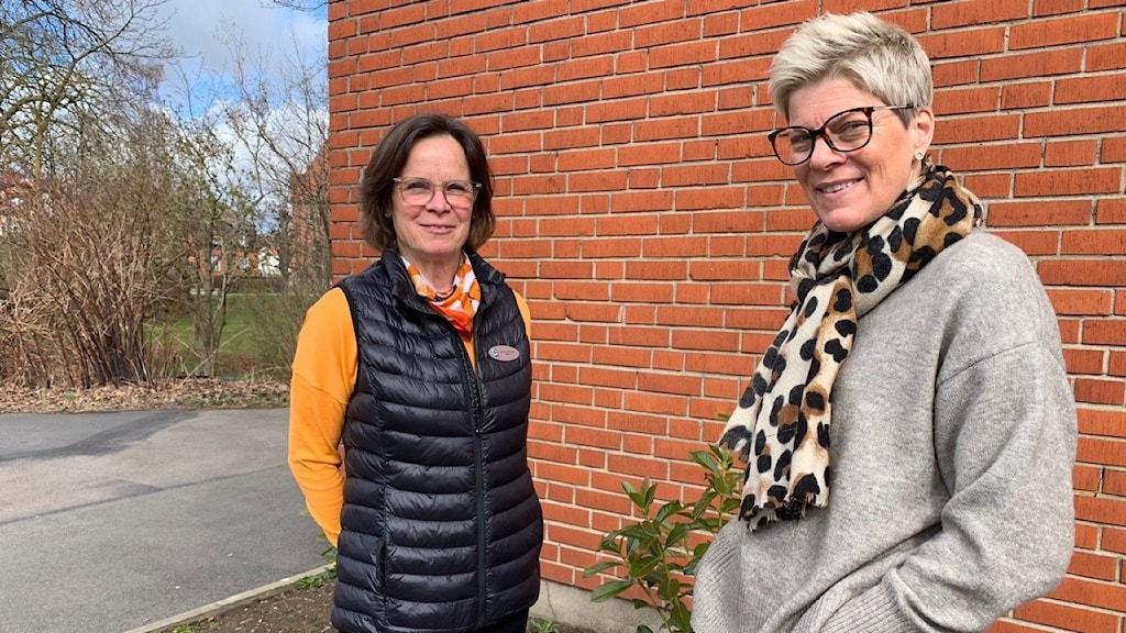 Ingrid Sturén, rektor på Björnekullaskolan, och språkläraren Åse Leijon tror på lördagsskolan.