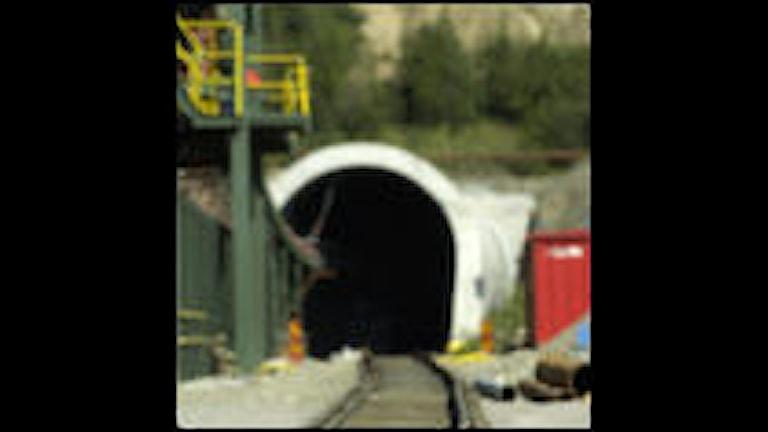 Det är Banverkets fel om folk tycker illa om tunnelbygget genom Hallandsåsen, konstaterar statliga Hallandsåskommittén i en ny rapport.  Arkivbild: Scanpix.