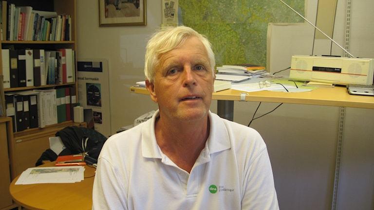 Bo Wendt på ett kontor. Foto: Gunilla Nordström/Sveriges Radio
