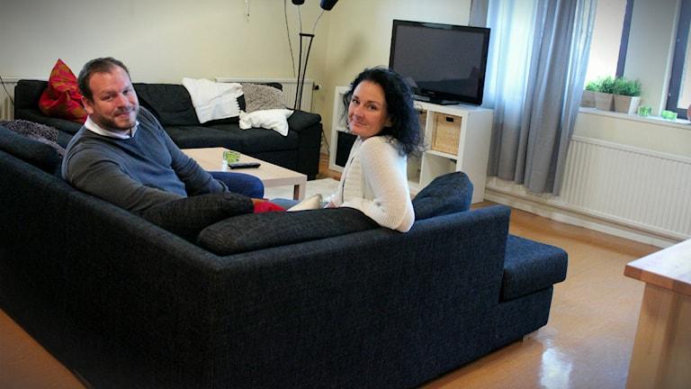 Johan Larsson, samordnare, och Lotta Åberg, föreståndare på HVB-boendet på Österlens Folkhögskola.