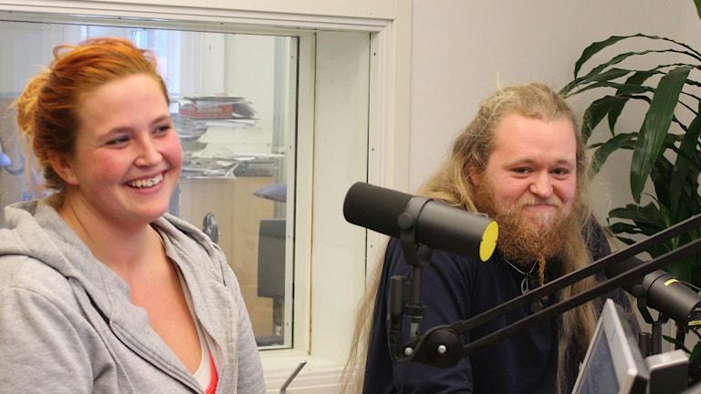 Emelie Borgström - konditorgesäll och Alexander Feldt - snickargesäll. Foto: Leif Jönsson/Sveriges Radio
