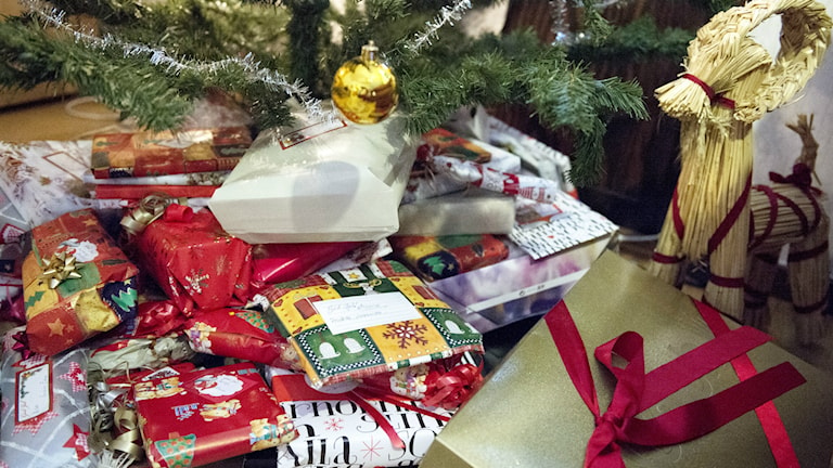 Julklappshjälpen Klippan var måndagens julgirlang Foto: Bertil Enevåg Ericson/TT