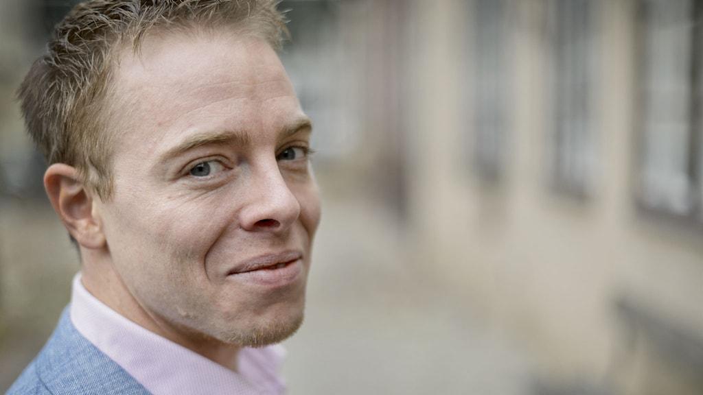 Linus Jonkman, som skrivit Introvert - den tysta revolutionen