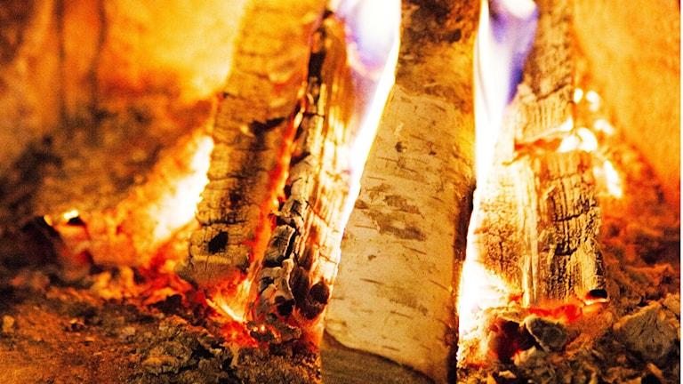 Eldstäder går varmt i kylan