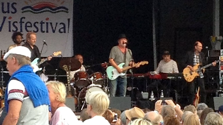 Eldkvarn spelade på Åhus visfestival 2014. Foto: Jenny Sandgren/Sveriges Radio.