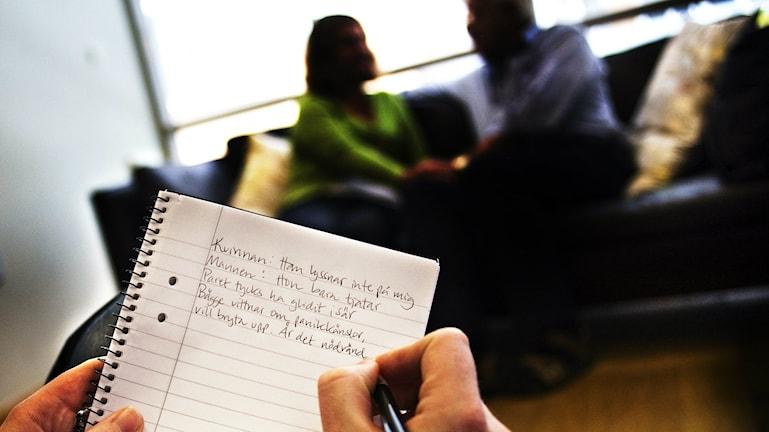 Krisande par får vänta på samtal i Kristianstad. Arkivfoto: Patrik Lundin/Scanpix.