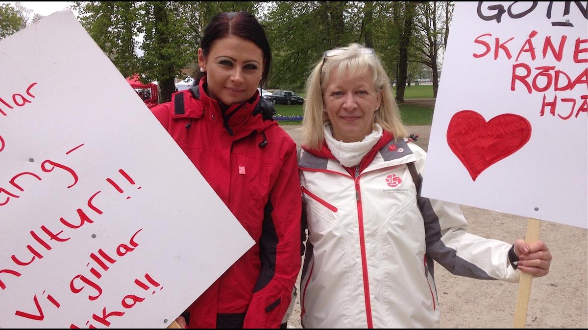 Therese Sturesson (S), Kristanstad arbetarkommun, och Ann Ahlbin (S), oppositionsråd i Östra Göinge. Foto: Jenny Johnsson Roos/Sveriges Radio
