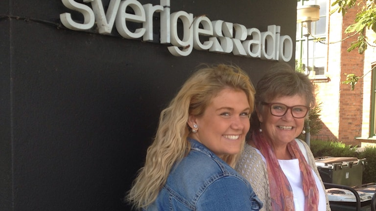 Julia Wulf och Sofie Gerhartz från Barnens salonger. Foto: Jenny Sandgren/Sveriges Radio.