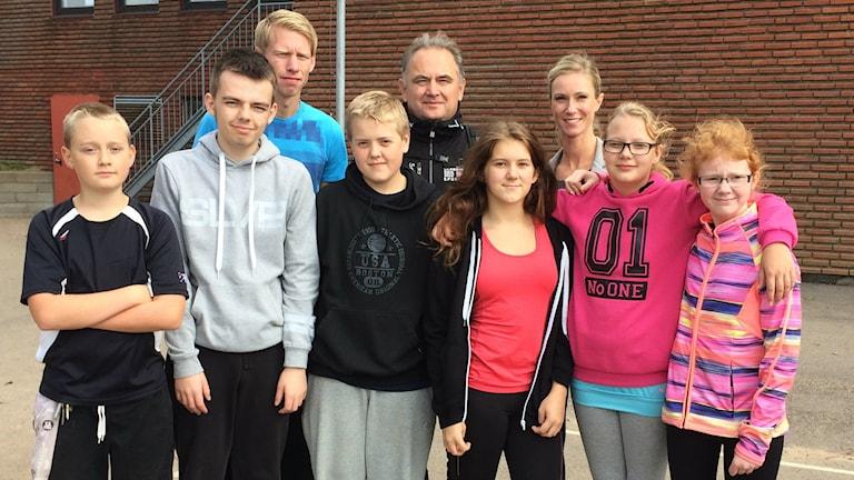 Idrottslärare, elever och mångfaldssamordnare har deltagit i mångfaldsdagen på Toftaskolan i Ängelholm. Foto: Gunilla Nordström/Sveriges Radio.