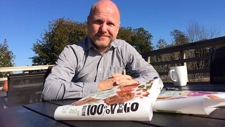 Marknadsansvarige Magnus Hansson gillar flexitarianer och vegofiléer. Foto: Malin Rimfors/Sveriges Radio