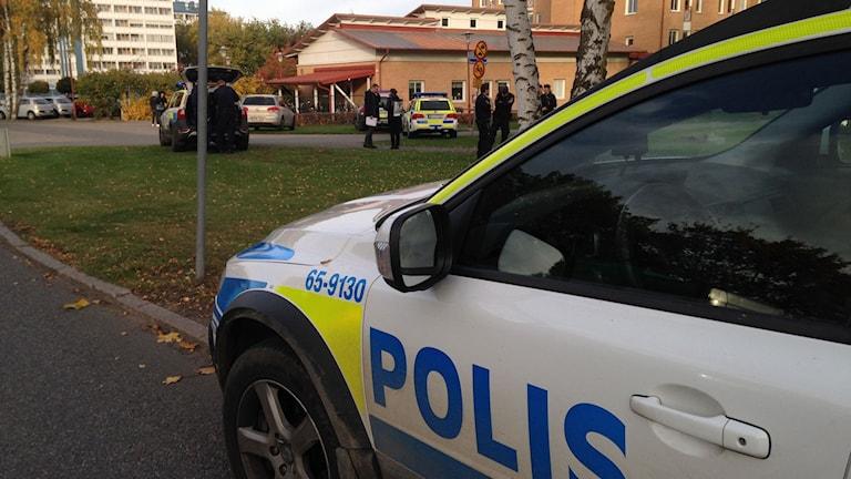 Polisinsats på Antonskolan, Österäng