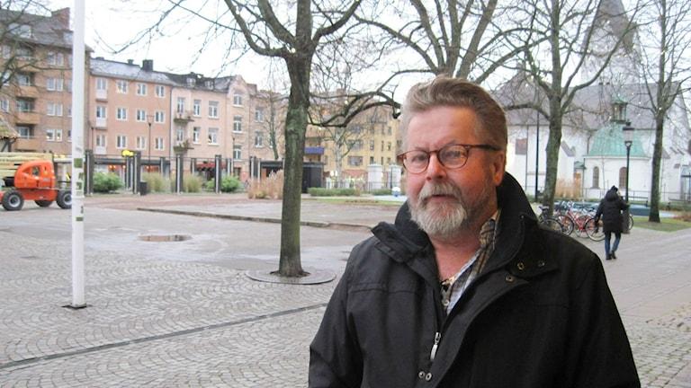 Thord Kristiansson i föreningen Solidarisk Människohjälp i Ängelholm är upprörd över trakasserierna.