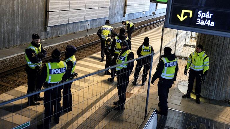 Gränskontroll vid Hyllie station