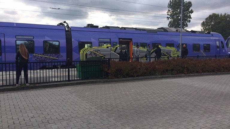 Tåg som går från Simrishamn skulle inte gå direkt till Malmö enligt förslaget. Foto: Malin Rimfors/Sveriges Radio