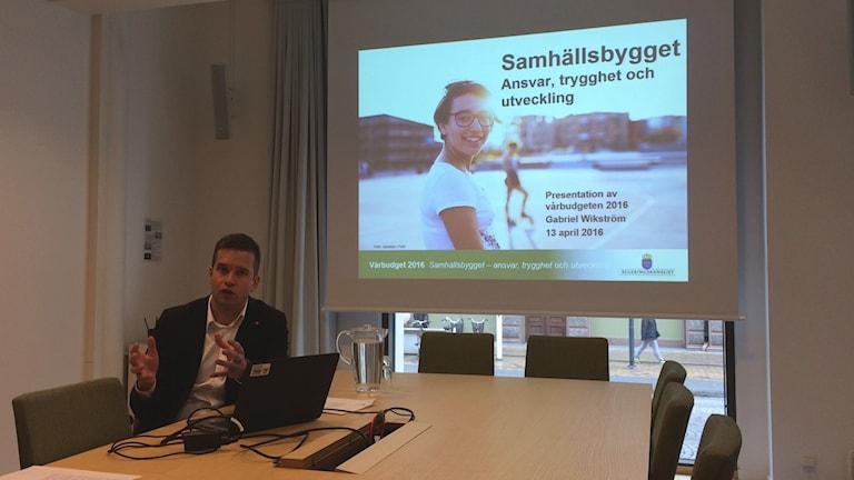 Gabriel Wikström (S), folkhälso-, sjukvårds- och idrottsminister.
