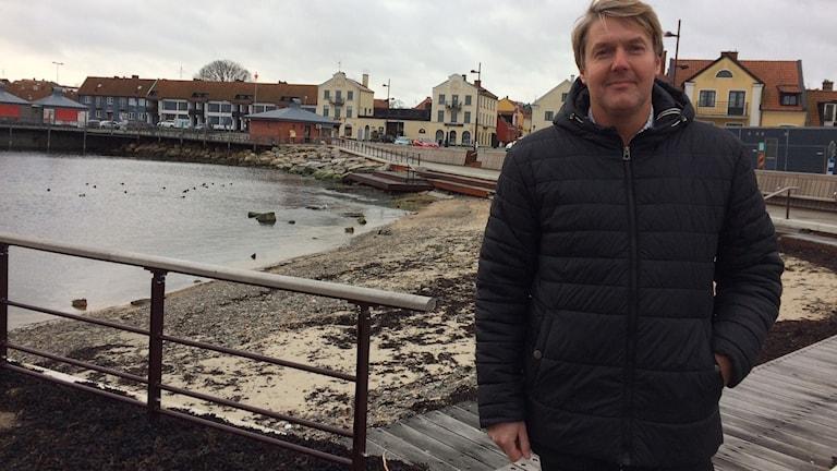 Henrik Olsson är exploateringschef i Simrishamn och glad över utnämningen.