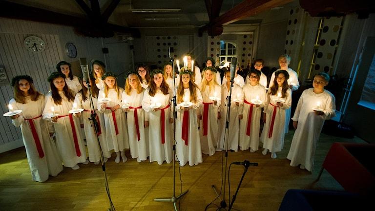 Musikklass 7C från Fröknegårdsskolan i Kristianstad lussade för oss idag.
