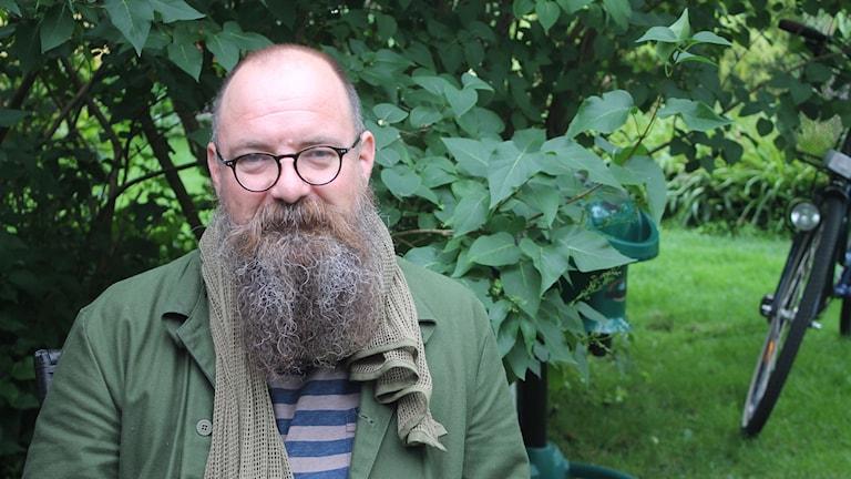 Anders Lindström, insektsforskare vid SVA på besök i Simrishamn.