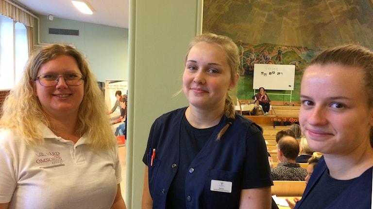 Deltagare i yrkestävling för personal inom vård och omsorg i Ystad.