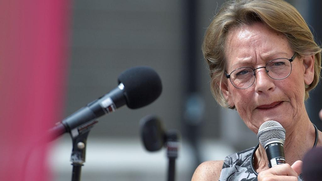 Schyman har begärt omprövning, och påpekar att hon tagit hjälp av Skatteverkets lokalavdelning i Simrishamn med deklarationen men att myndighten centralt inte gör samma bedömning.