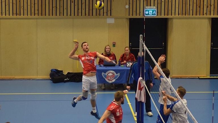 Örkelljunga mot Linköping i volleyboll