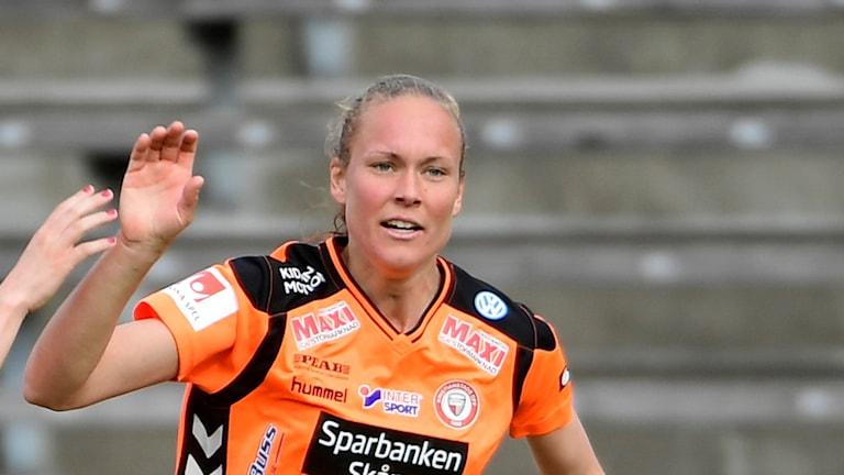 Therese Ivarsson gjorde två mål för Kristianstads DFF i 3-3-derbyt mot LB07. Foto: Maja Suslin/TT.