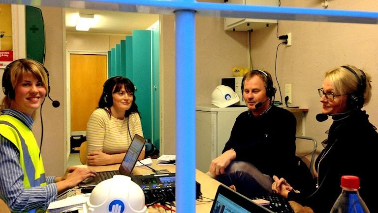 Karin Bengtsson med Ruzica Stanojevic (V), Peter Johansson (M) och Heléne Fritzon (S)