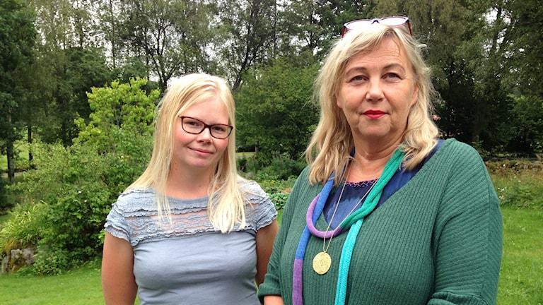 Lotta Axelsson och Ann Jönsson har båda varit utan internet och telefon i en månad.
