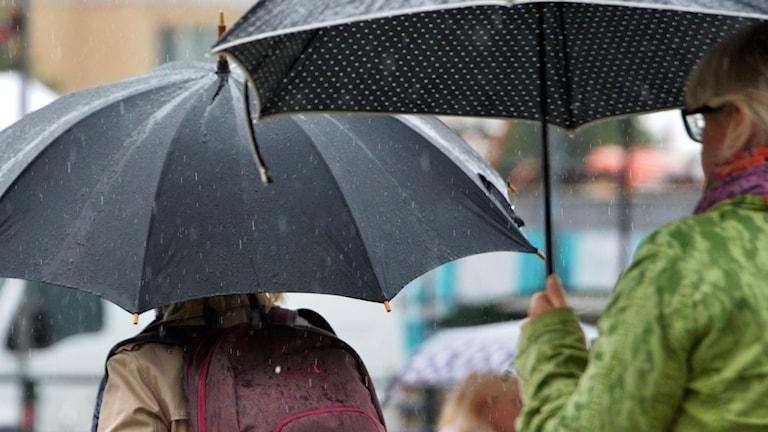 Paraplyer och regn