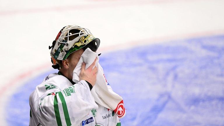 Rögles målvakt Oscar Dansk.