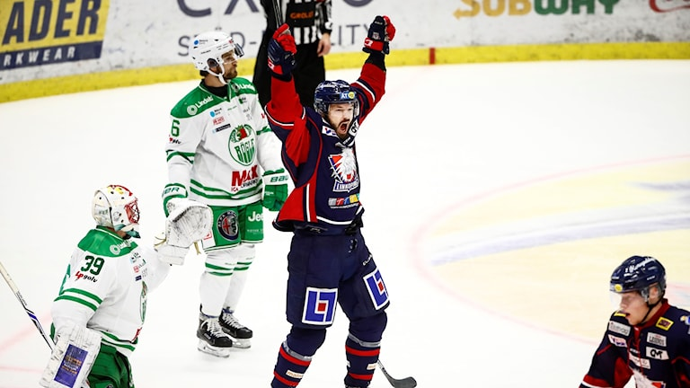 Linköpings Niklas Persson jublar.