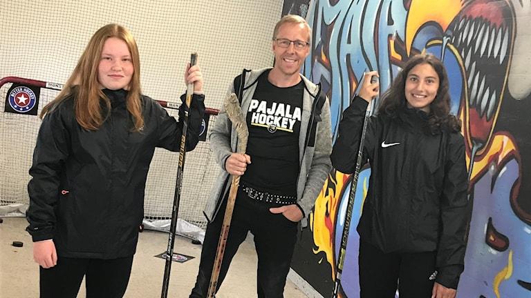 Tilde Mattsson, Petter Särkkijärvi ja Elvin Nygård-Bilen.