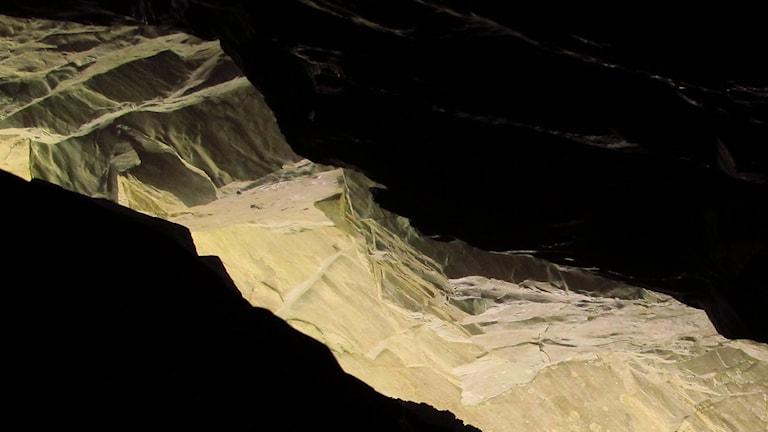 Utgången från Korallgrottan. Foto: Erik Kohlström.
