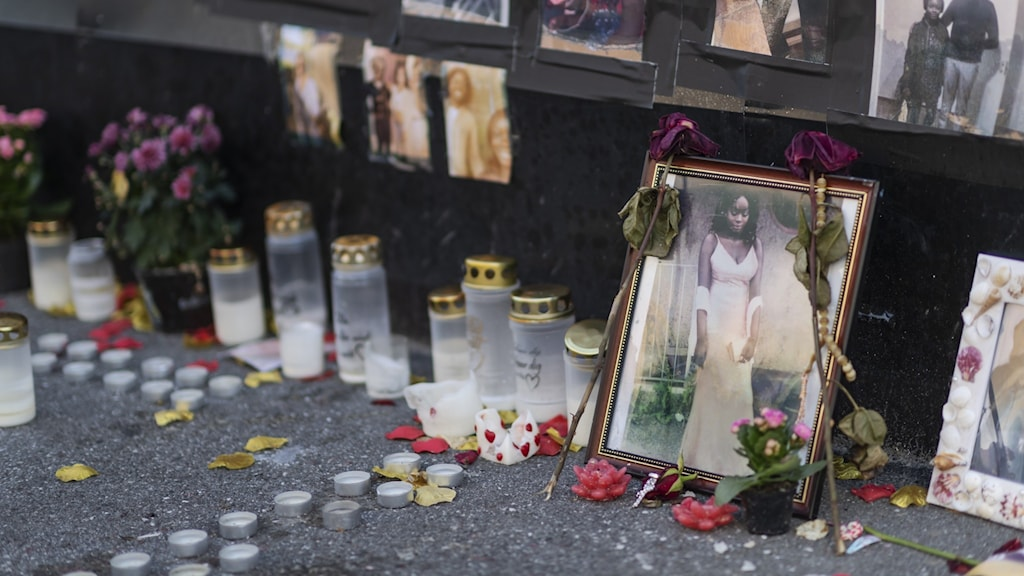 Minnesplats för kvinnan som sköts till döds genom ett fönster i en bostad i Vällingby natten till den 28 augusti 2019.