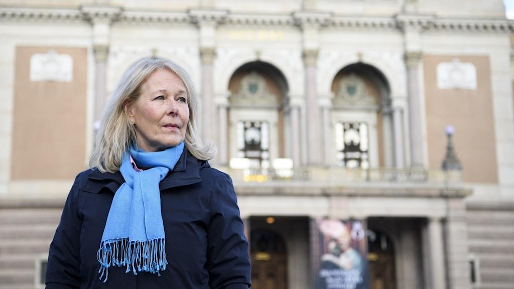 Kungliga operans vd Birgitta Svendén framför operan.