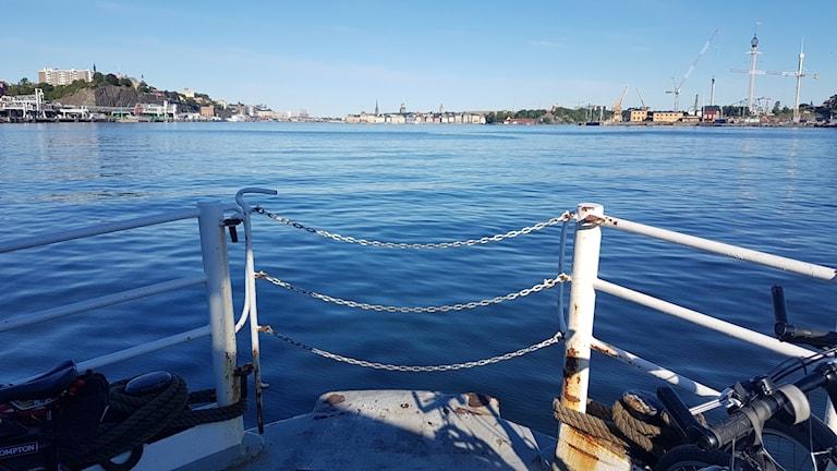 Båtpendlare, pendlarbåt, skärgårdsbåt, sjövägen, båtbuss