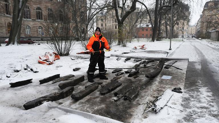 Fyndet är unikt och prover ska skickas till Köpenhamn för datering.Foto: Jens Lindström/ Scanpix