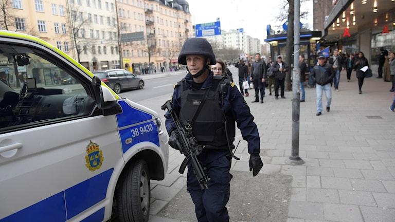 Poliser vid Fridhemplan i Stockholm
