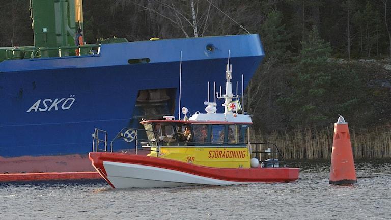 Ombord fanns förutom olja runt 90 kubikmeter diesel.