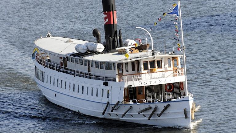 Strömma Kanalbolagets fartyg Östanå i Liljeholmsviken. Foto: Johan Nilsson / SCANPIX.