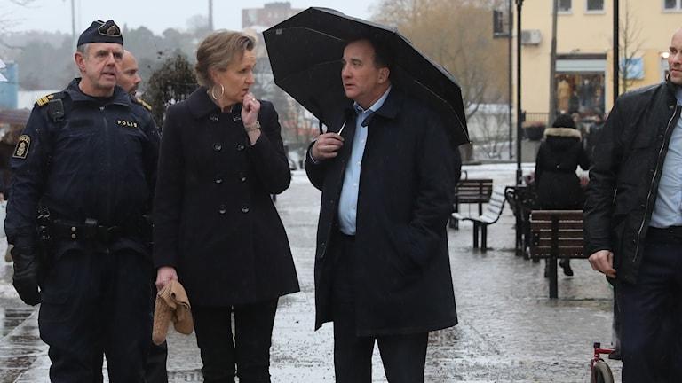 Boel Godner (S) och Stefan Löfven (S) i Södertälje.