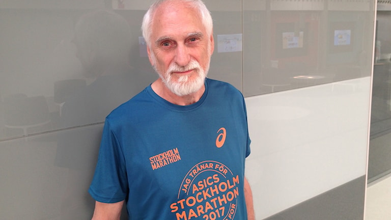 Bo Källström på plats i Radiohuset för intervju inför Stockholm Marathon