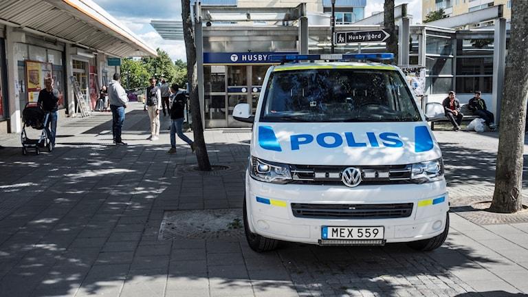 Polis i Husby