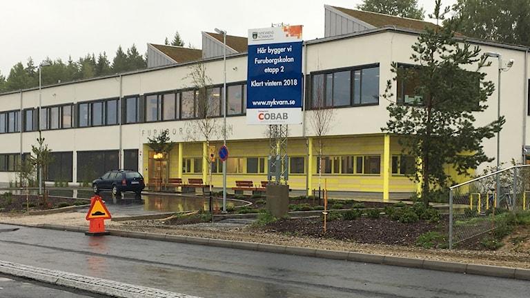 Furuborgskolan i Nykvarn är avsedd för runt 250 elever. Men idag går bara runt 150 barn i skolan.