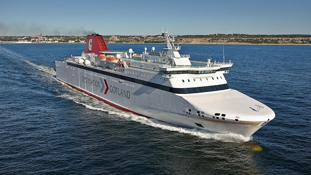 Fartyget M/S Drotten till havs.