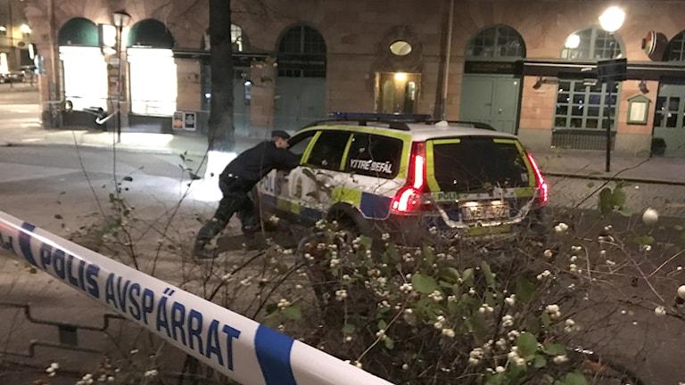 Polisen på plats på Mariatorget